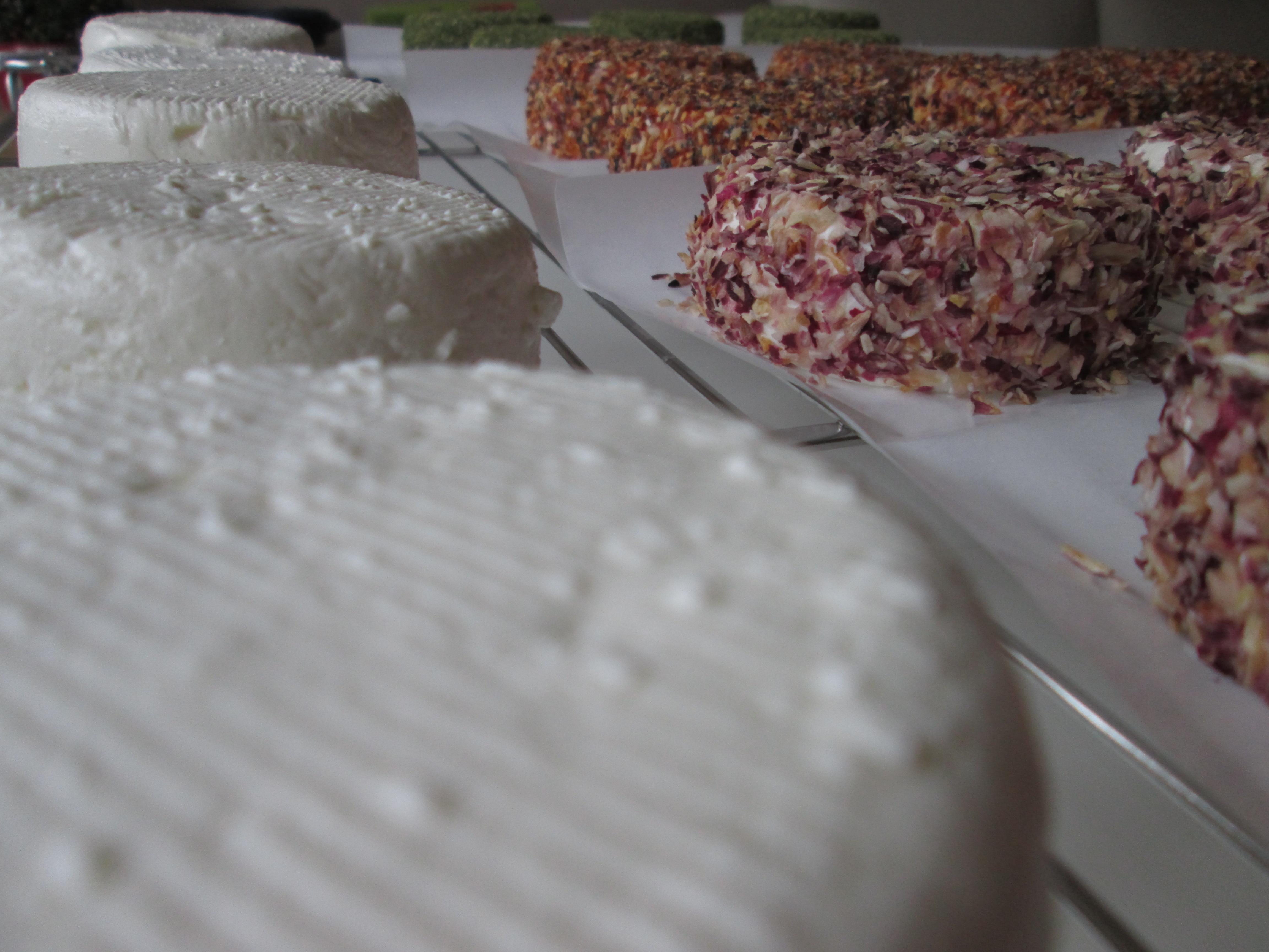 Fromages frais natures ou aromatisés